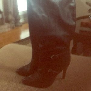 Beautiful new black knee boots by Just Fab.